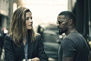 Jamie Foxx stars in this ultimately disappointing crime thriller.