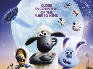 When a playfully cute alien named LU-LA crash-lands in the sleepy town of Mossingham, Shaun the Sheep and his farmyard friends must help her return home.
