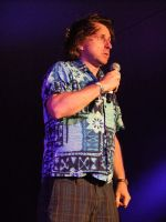 Best known for his mad scientist hair and his Hawaiian shirts, London-born Milton Jones is a one-liner comedian whose jokes and puns are delivered in a deadpan and slightly nervous style. He chats to TNS about his career, his television work and his upcoming tour.