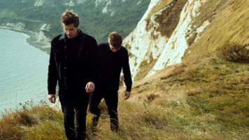 Aquilo's latest release and leading song from upcoming EP grounds them heavily in the genre they know best.