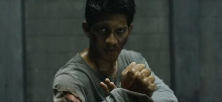 The Raid star Iko Uwais jabs, kicks and choke-slams his way to another well deserved Bruce Lee comparison in this seriously brutal Asian actioner.