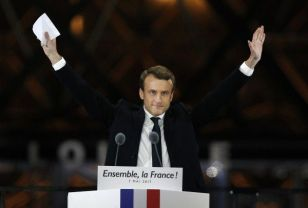 Macron is a robot, the last hope of the French establishment. If he fails...