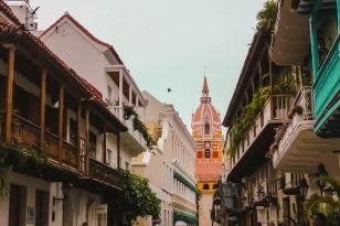Cartagena can only be described as fairy tale meets tropical paradise.