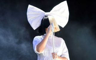 People have questioned why Sia can put a child in the spotlight whilst shying from it herself.