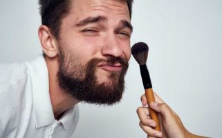 Male grooming is now a multi-billion pound worldwide industry.