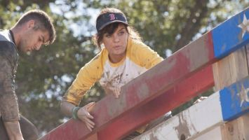 Manning up is women's work in this week's SMILF.