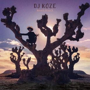 DJ Koze focusses his creative powers not on the fashionable styles of the moment but on building moments of enticing melancholy and displaying them in 7.1 surround sound bursting with synesthetic colours.