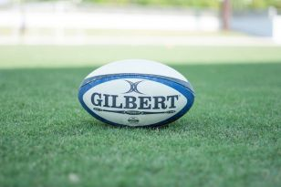 Three University of Bath students have signed terms to join the prestigious senior academy at Bath Rugby, taking the next steps in their road to becoming a professional.