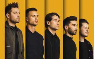 You Me At Six strip it back at intimate show in aid of new album.