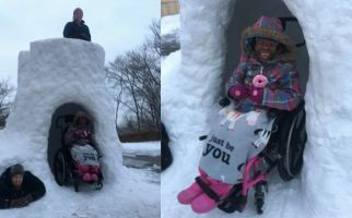Gregg Eichhorn made his daughter Zahara a brilliant castle as snow fell on Cincinnati, Ohio.